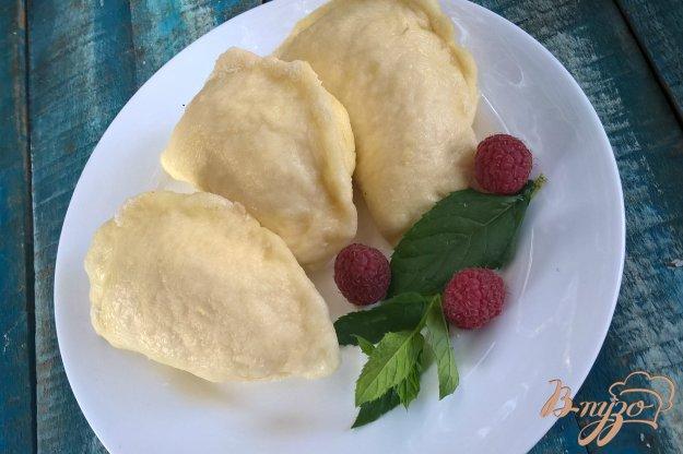 фото рецепта: Паровые вареники с творогом