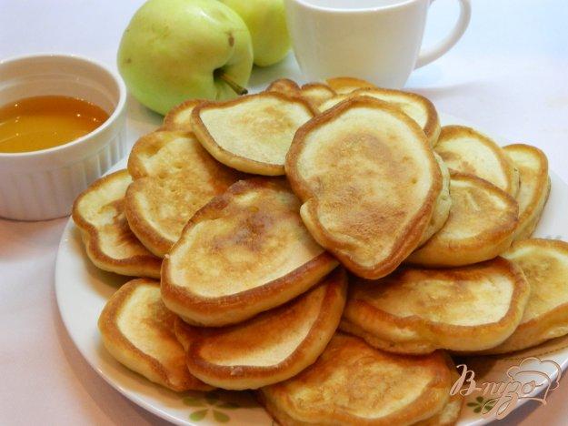 фото рецепта: Яблочные оладушки