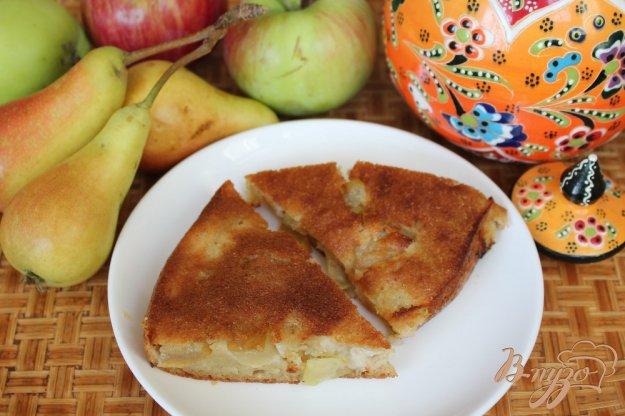 фото рецепта: Манник с грушей и яблоком