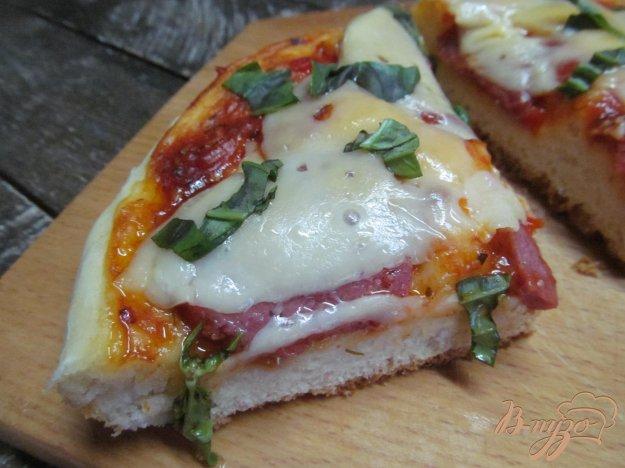 фото рецепта: Пышная пицца на сковороде