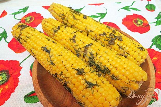 фото рецепта: Кукуруза запеченная в фольге в духовке