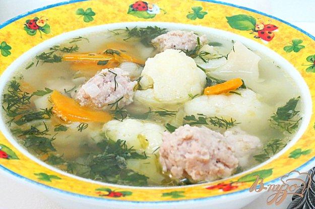 фото рецепта: Суп из фрикаделек и цветной капусты