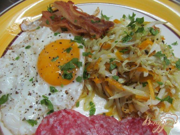 фото рецепта: Жареная капуста с беконом