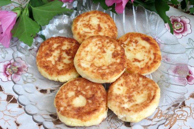 фото рецепта: Сырники с манной крупой