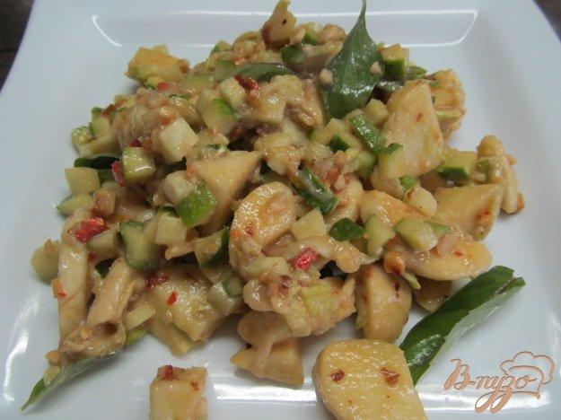 фото рецепта: Острый фруктовый салат с огурцом