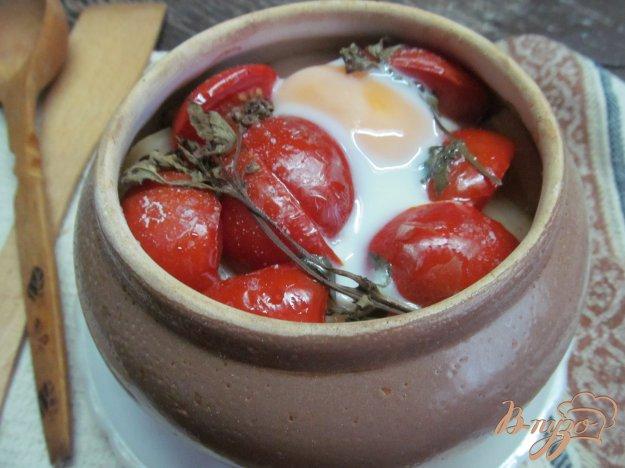 фото рецепта: Гювеч из свинины с овощами под яйцом