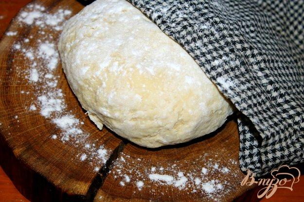 фото рецепта: Тесто для чебуреков на кипятке