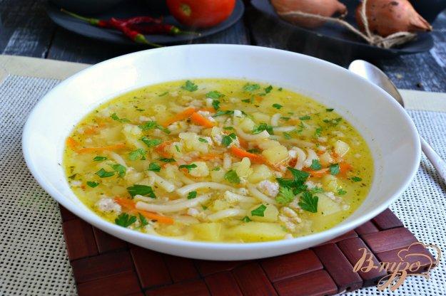 фото рецепта: Картофельный суп с фаршем и вермишелью