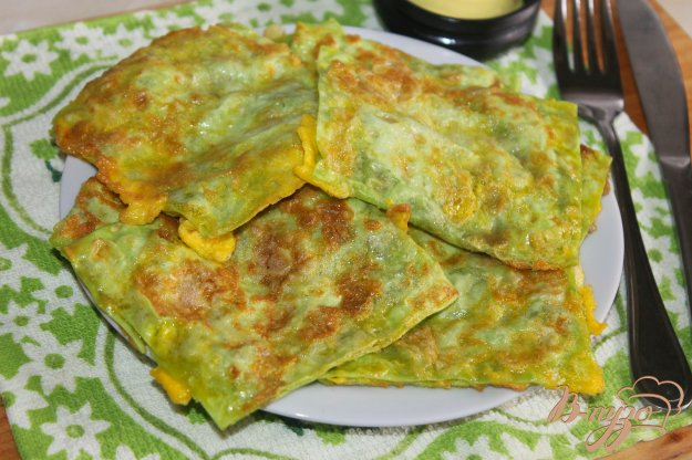 фото рецепта: Конвертики из лаваша с мясом и помидорами