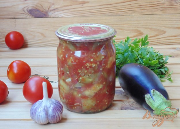 фото рецепта: Баклажаны с перцем в томатном соке на зиму