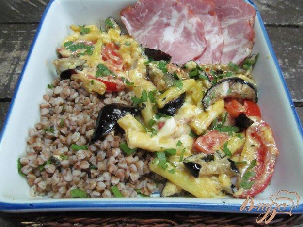 фото рецепта: Теплый овощной салат с гречкой