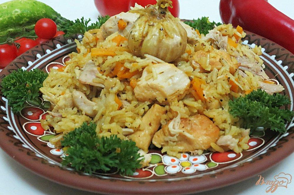 Фото приготовление рецепта: Плов с курицей в кастрюле шаг №7