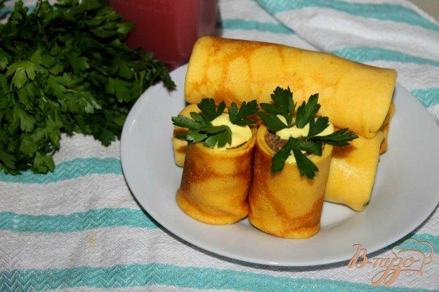 фото рецепта: Блинчики с мясом, сыром и зеленью