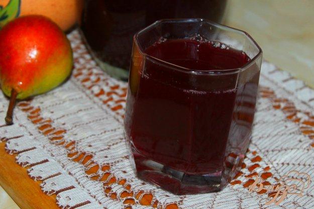 фото рецепта: Компот из двух видов винограда и груш