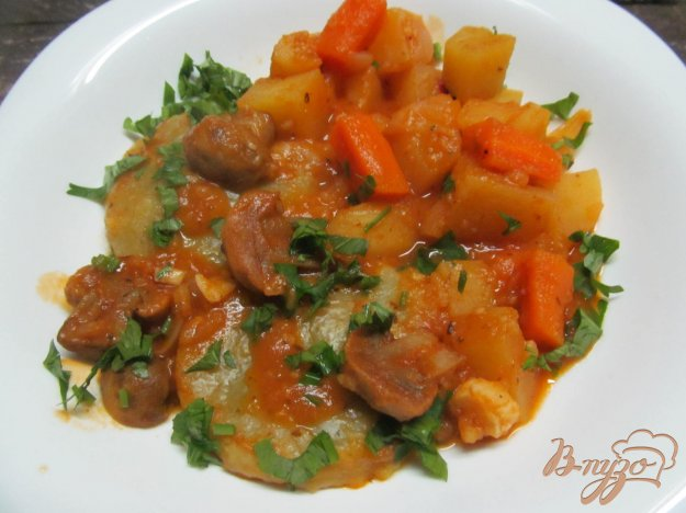 фото рецепта: Грибы с овощами и лепешками