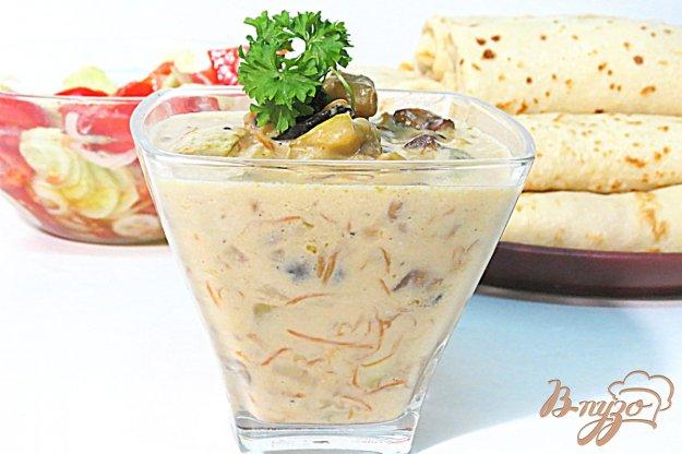 фото рецепта: Кабачки с грибами под соусом Бешамель