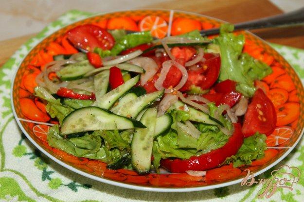 фото рецепта: Овощной салат с маринованными вешенками
