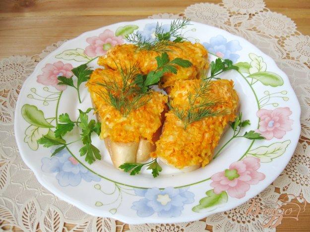 фото рецепта: Гренки с морковью и сыром