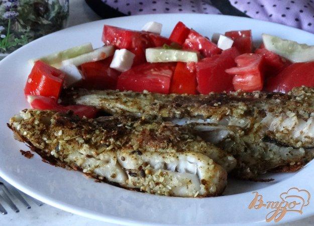 фото рецепта: Филе морского окуня в панировке из кунжута