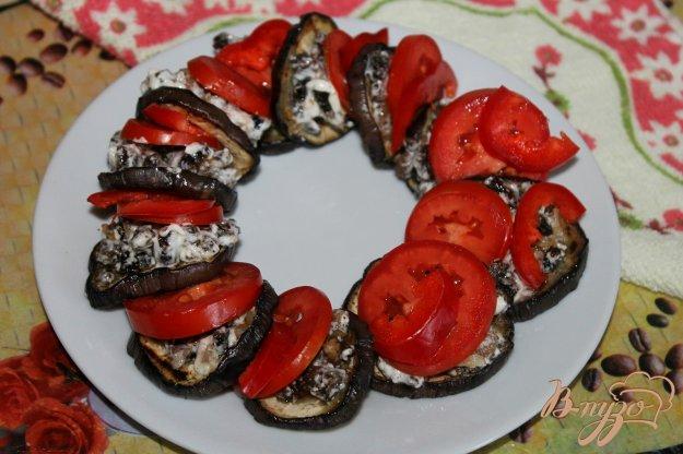 фото рецепта: Баклажаны с мясной начинкой и помидорами