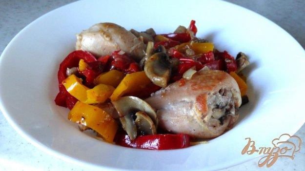 фото рецепта: Рагу из болгарского перца с грибами и курицей