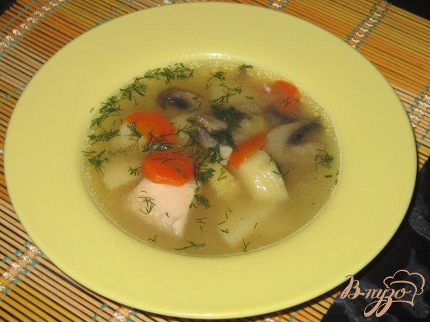 фото рецепта: Куриный суп с шампиньонами