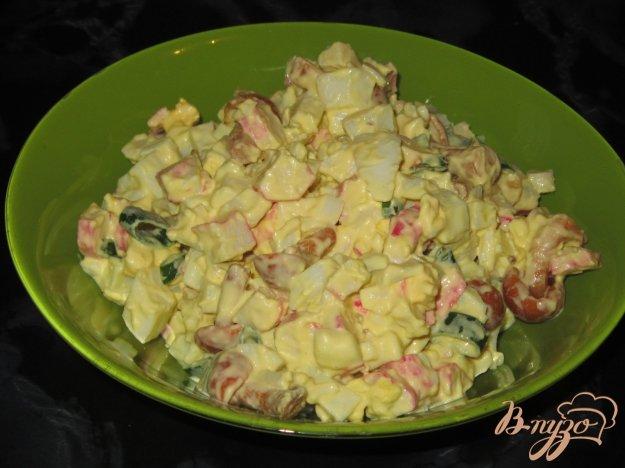 фото рецепта: Салат крабовый с маринованными опятами