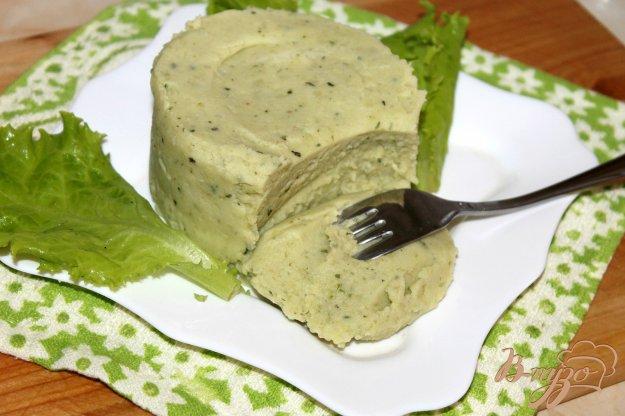 фото рецепта: Картофельное пюре с сыром и шпинатным соусом