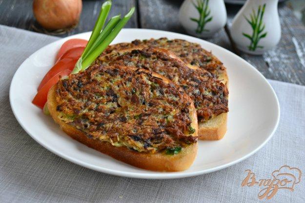 фото рецепта: Горячие бутерброды с картофелем и грибами
