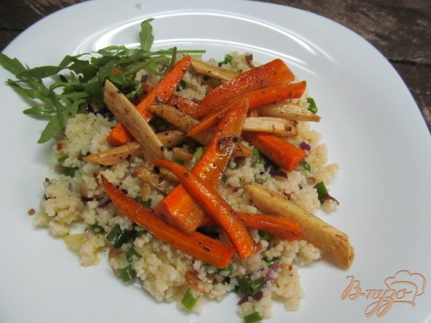 фото рецепта: Кус-кус с жареным луком и печеными овощами