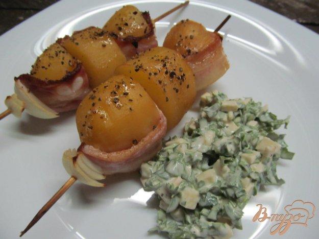 фото рецепта: Картофельный кебаб с соусом
