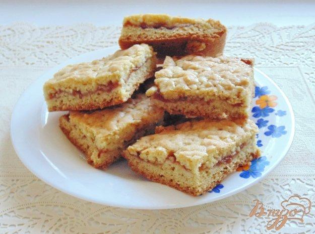 фото рецепта: Песочный пирог с повидлом