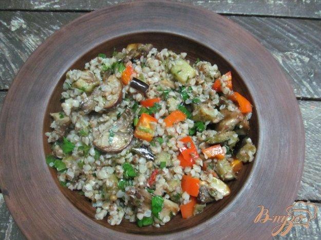 фото рецепта: Овощная гречневая каша с грибами