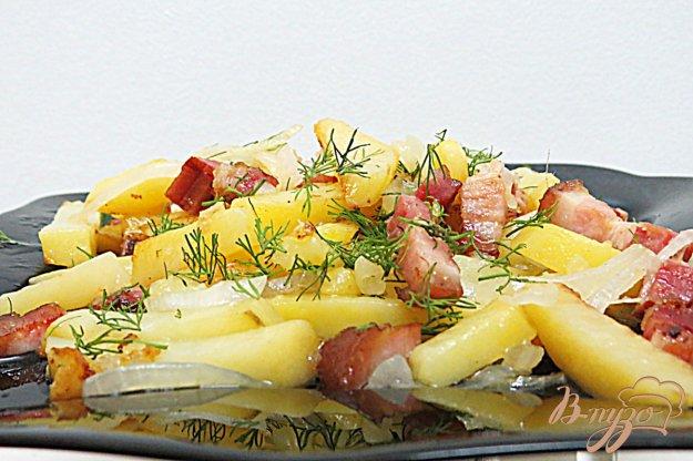 фото рецепта: Картофель жареный с луком и беконом