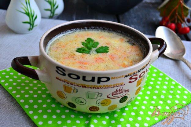 фото рецепта: Картофельно-морковный суп с сыром