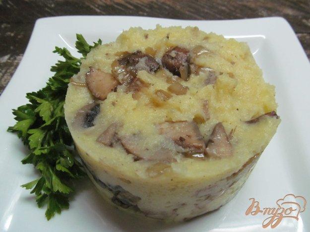 фото рецепта: Толченый картофель с грибами