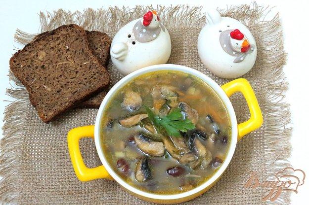 фото рецепта: Суп с фасолью и грибами
