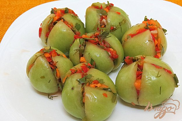 фото рецепта: Зелёные помидоры солёные, фаршированные