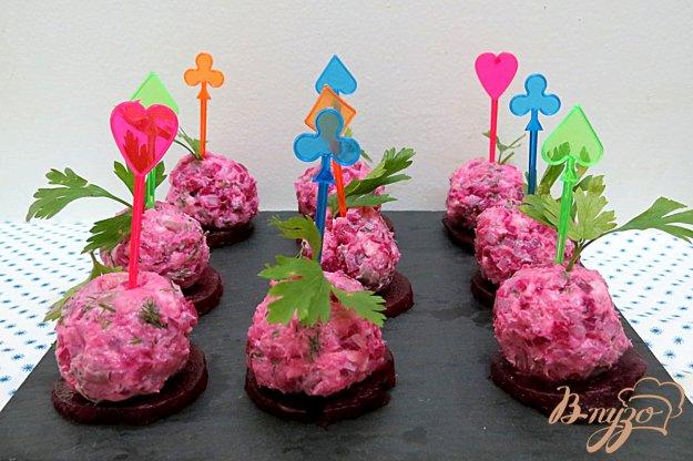 фото рецепта: Закусочные шарики из сельди