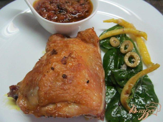 фото рецепта: Куриные бедра в соусе пири-пири