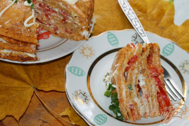 фото рецепта: Овощной торт с помидорами и сыром