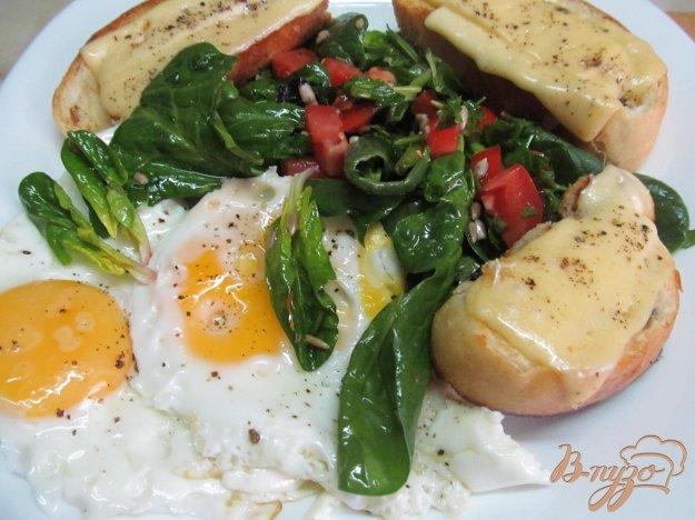 фото рецепта: Аргентинские бутерброды с салатом и яйцом