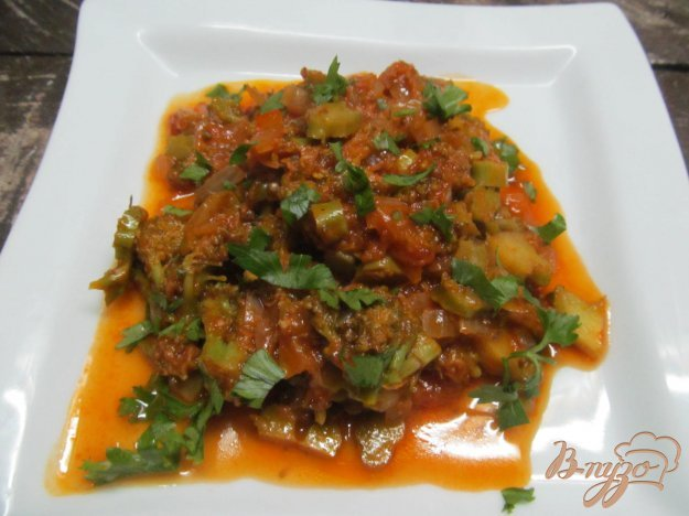 фото рецепта: Рагу из брокколи в томатном соусе