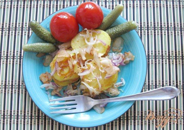 фото рецепта: Отварной картофель обжареный с салом