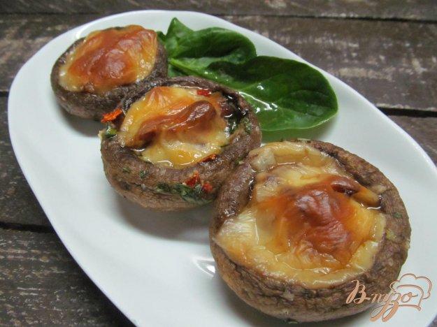 фото рецепта: Фаршированные грибы свининой