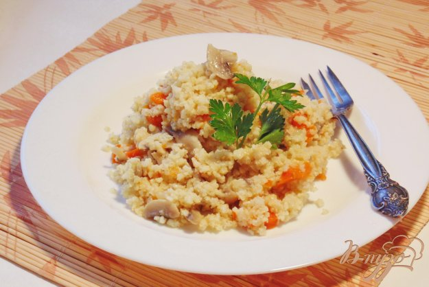 фото рецепта: Пшенная каша с грибами и тыквой