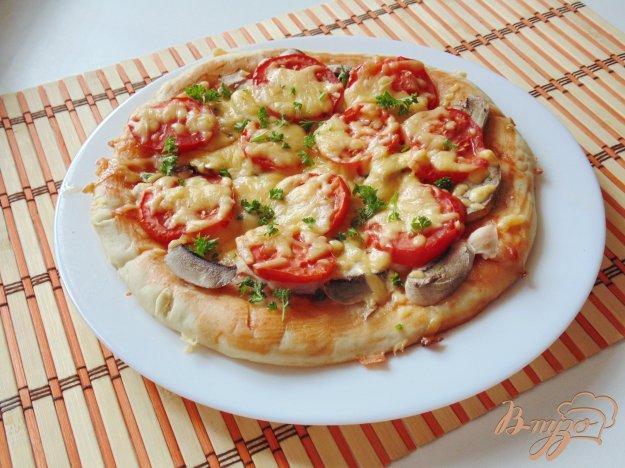 фото рецепта: Пицца с курицей и грибами
