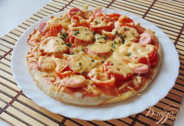 фото рецепта: Пицца с перцем и сосисками