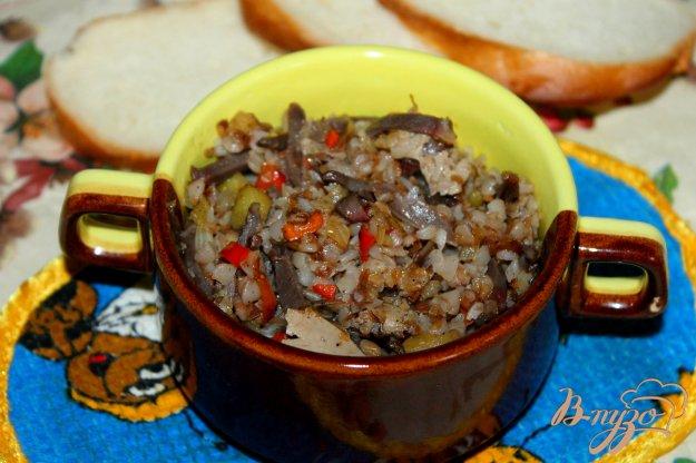 фото рецепта: Гречка с субпродуктами и баклажаном