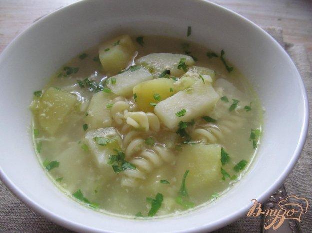 фото рецепта: Легкий суп с макаронами яйцом и цветной капустой